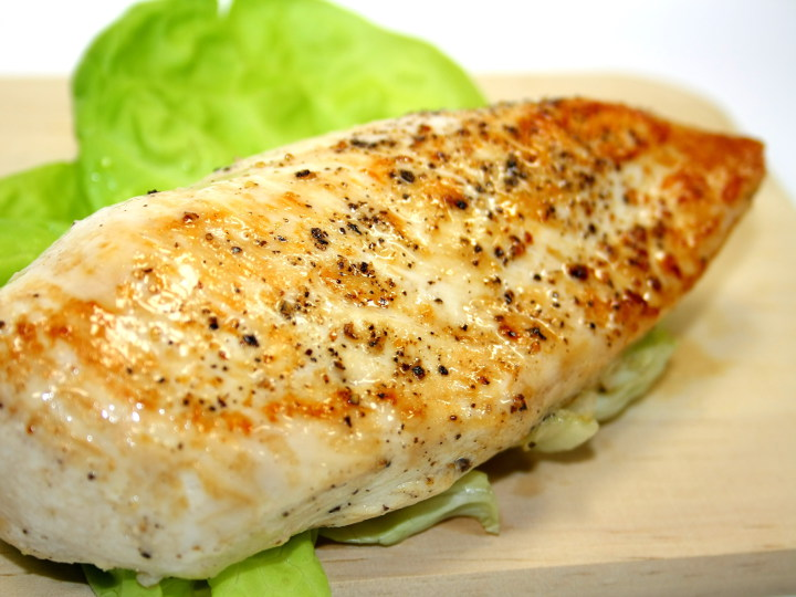 Photo of Chicken Breast cooked with Pantelligent's smart frying pan